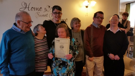 Bronwyn Oldham and residents (2)